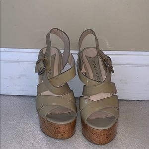 Boutique 9 tan wedges